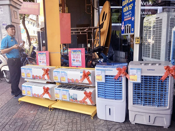 Harmful chemical still widely used in fridges, air conditioners