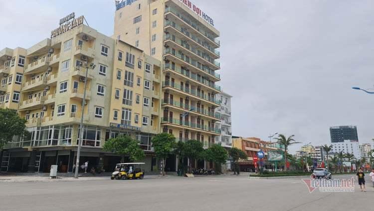 Khách ồ ạt trả phòng khách sạn ở Sầm Sơn trước nghỉ lễ 30/4