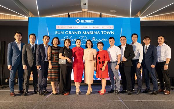 Sun Property 'bắt tay' 11 đại lý phân phối Sun Grand Marina Town