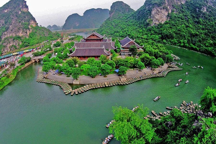 Ba địa điểm đẹp nhất Ninh Bình hút giới trẻ