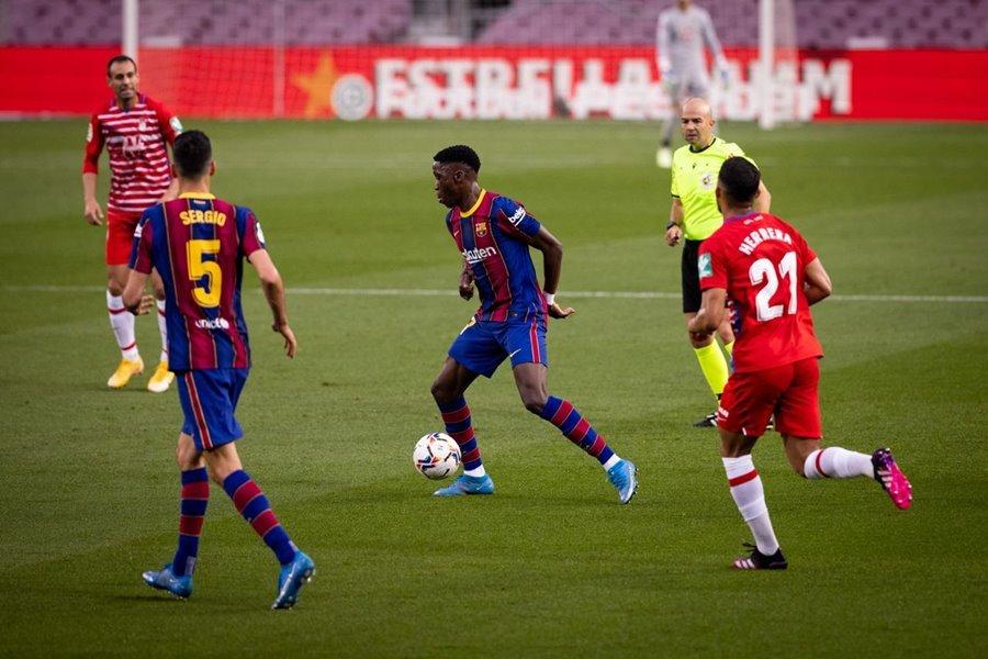 Thua sốc bại tướng của MU, Barca lỡ cơ hội lên đỉnh bảng
