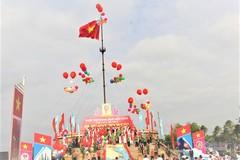 Lễ thượng cờ đặc biệt tại đôi bờ Hiền Lương - Bến Hải
