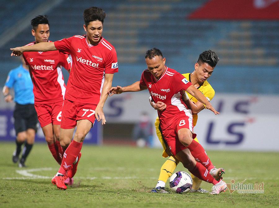 V-League và mục tiêu kép của HLV Park Hang Seo