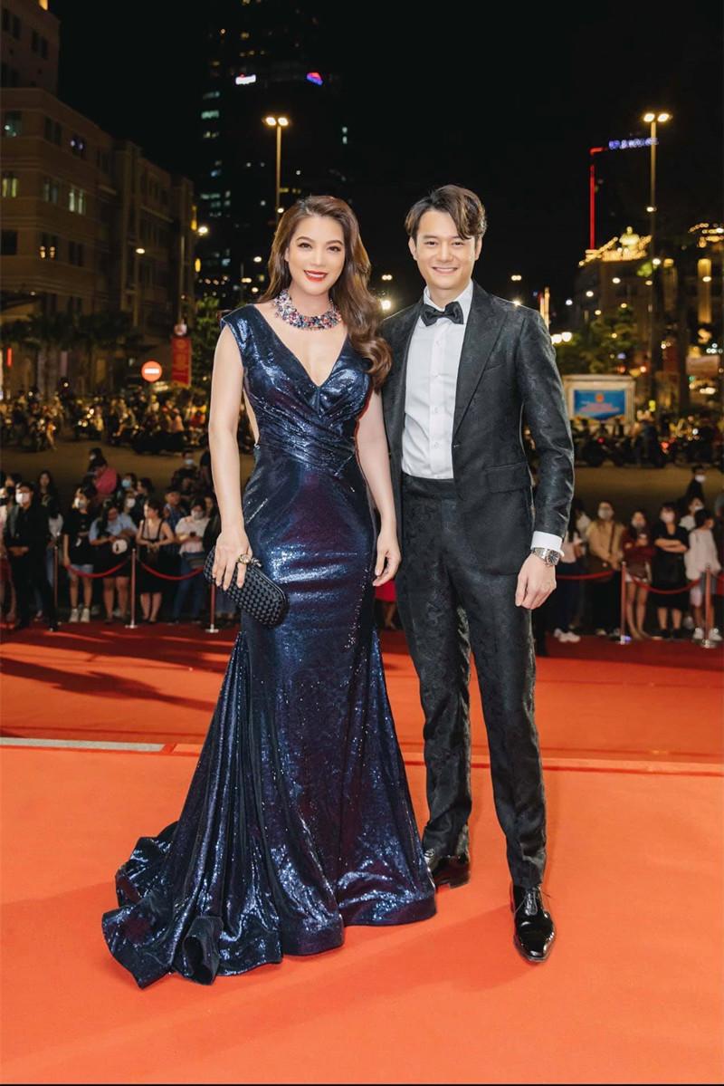 Trương Ngọc Ánh - Anh Dũng chênh nhau 14 tuổi nhưng rất đẹp đôi