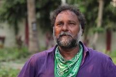 Công nhân mai táng ở Ấn Độ làm việc suốt ngày đêm vì Covid-19