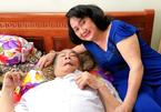 Nghệ sĩ Thanh Tú 81 tuổi bị tai biến, khóc vì nhớ nghề