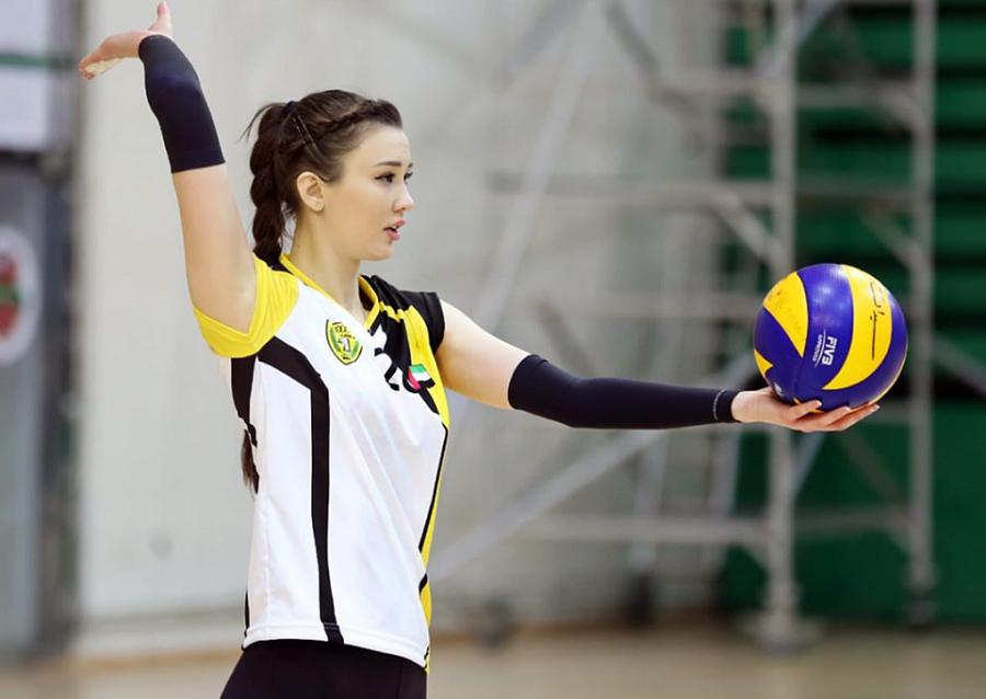 'Nữ thần bóng chuyền' Sabina khiến fan Việt mê mệt