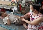 Con trai suy sụp do bệnh thận, mẹ nghèo bất lực cầu cứu