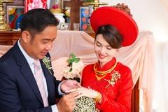 Diễn viên 'Cổng mặt trời' Đình Hiếu kết hôn ở tuổi 41
