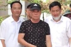Vì sao công an không còng tay nghi phạm bắn chết 2 người ở Nghệ An?