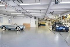 Căn biệt thự với garage ngầm có thể chứa 50 ôtô