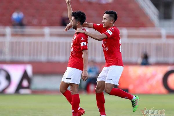 Vòng 12 V-League: Lee Nguyễn toả sáng, Viettel phả hơi nóng vào HAGL
