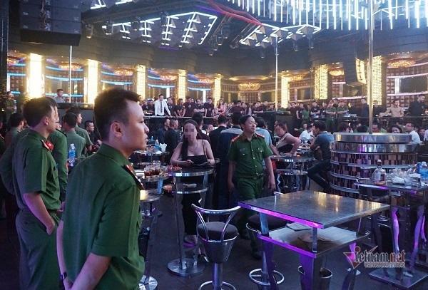 Đà Nẵng dừng hoạt động quán bar, vũ trường và karaoke từ 0h ngày 3/5