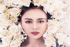 'Nàng thơ' trường Ngoại ngữ đốn tim dân mạng với nét đẹp ngọt ngào