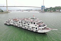 Cách ly 182 khách và  nhân viên du thuyền trên vịnh Hạ Long