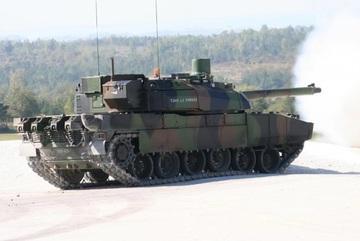 Sức mạnh của mẫu xe tăng đắt đỏ nhất thế giới