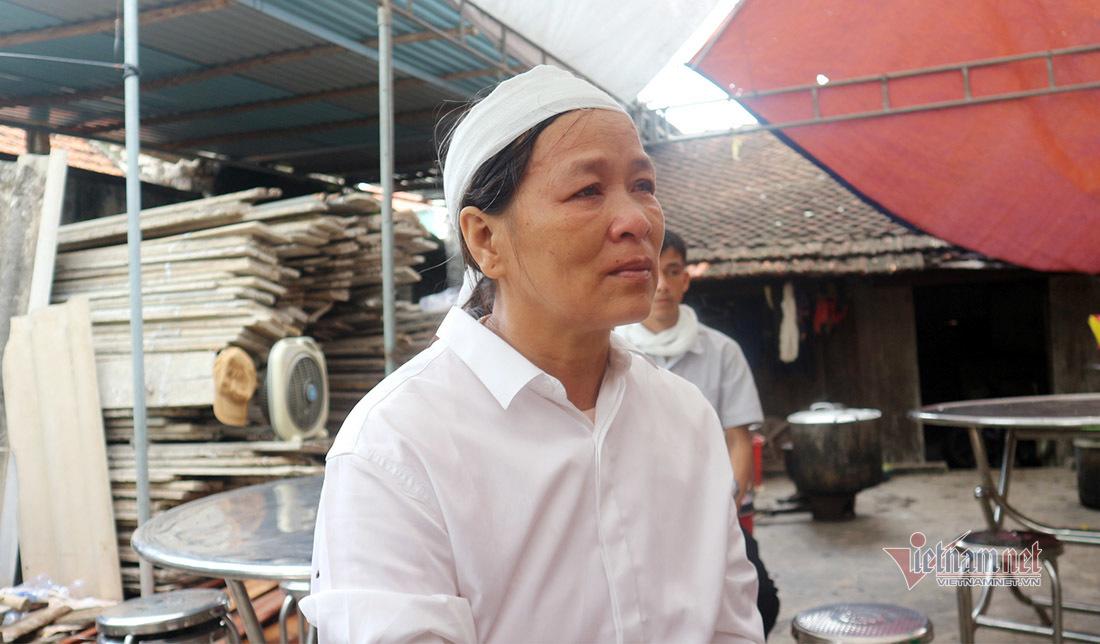 Nữ sinh được cứu kể lại lời nói cuối cùng của em Nguyễn Văn Nhã