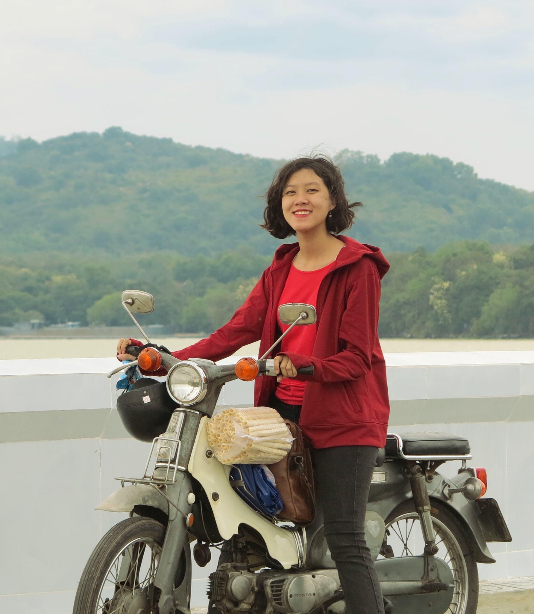 Trương Ngọc Ánh gợi cảm tuổi 45