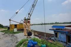Hà Nội xử lý 7 bến vật liệu xây dựng hoạt động không phép ven sông Hồng