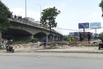 Thi thể người đàn ông cháy đen ở bãi rác dưới chân cầu Đồng Nai