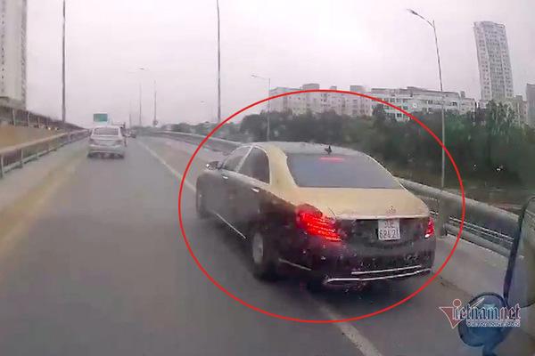 Triệu tập 2 lần, chủ xe Mercedes đi lùi trên đường vành đai 3 vẫn chưa 'lộ diện'
