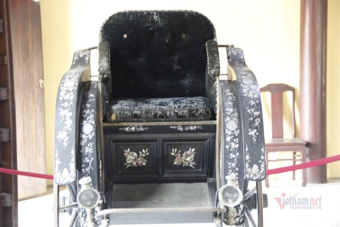 Chiếc xe vua Thành Thái tặng mẹ hồi hương sau phiên đấu giá căng thẳng