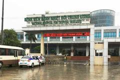 Một bác sĩ Bệnh viện Nhiệt đới Trung ương dương tính SARS-CoV-2