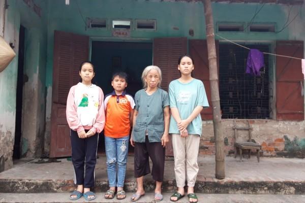 Cha mẹ lần lượt qua đời, ba đứa trẻ ngơ ngác bên bà nội đã ngoài 80 tuổi