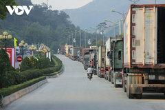 Hàng xuất khẩu lại ùn tắc tại cửa khẩu Lạng Sơn