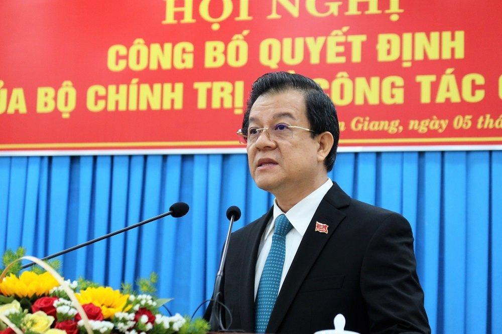 Trao quyết định điều động ông Lê Hồng Quang làm Bí thư Tỉnh ủy An Giang