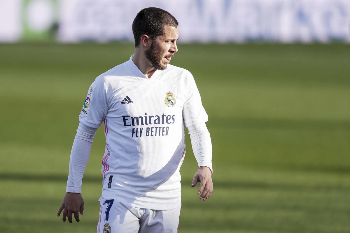 Hazard trở lại Chelsea: Không có gì, ngoài... mỡ bụng