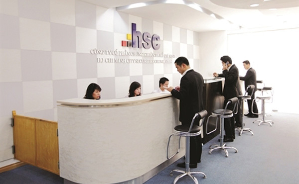 Securities firms set high profit targets for2021 on positive stock market