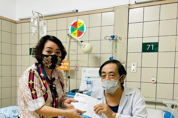Nghệ sĩ Giang còi nhập viện vì bệnh trở nặng, cần giúp đỡ