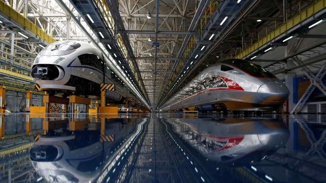 Núi nợ phình to, Trung Quốc tạm dừng hai dự án đường sắt 20 tỷ USD