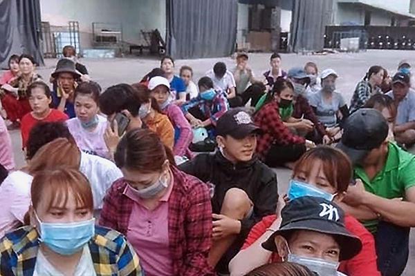 Giám đốc người Trung Quốc bỏ về nước, hàng trăm công nhân bị nợ lương