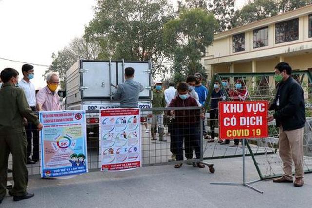 Bắc Ninh phong tỏa nhiều thôn xóm, tạm dừng làm căn cước công dân