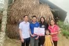 Báo VietNamNet trao gần 40 triệu đồng tới anh Lê Đình Ninh