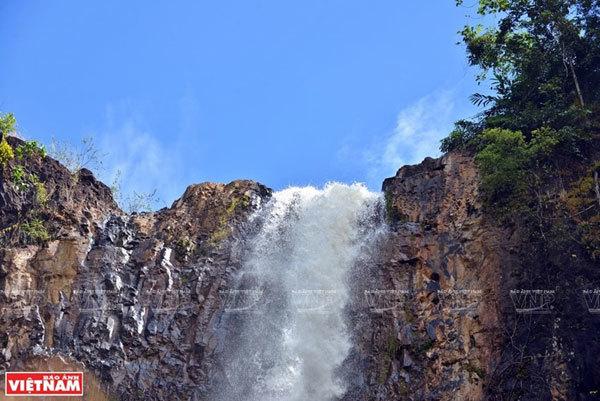 Dak Nong travel,Lieng Nung Waterfall