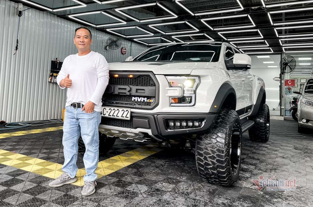 Ford Ranger biển ngũ quý 2 bán về Sài Gòn được lên đời gói độ nửa tỷ đồng
