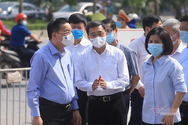 10 ca dương tính ở Bệnh viện K , Chủ tịch TP Hà Nội xuống hiện trường chỉ đạo khẩn