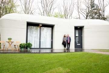 Ngôi nhà in 3D: Xây trong 5 ngày, gia đình đầu tiên thuê 22 triệu mỗi tháng