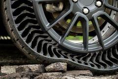 Michelin sử dụng nhựa tái chế sản xuất lốp xe