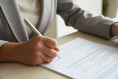 Có được làm giấy ủy quyền thanh lý hợp đồng thuê nhà?