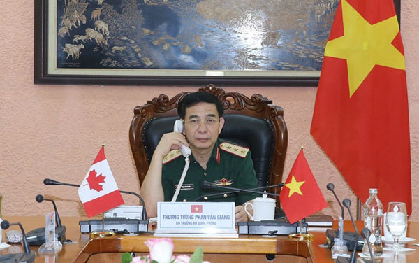 VN talks defence relations with Canada and Laos