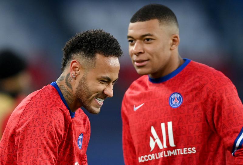 """Neymar đặt bút ký hợp đồng """"khủng"""" với PSG"""