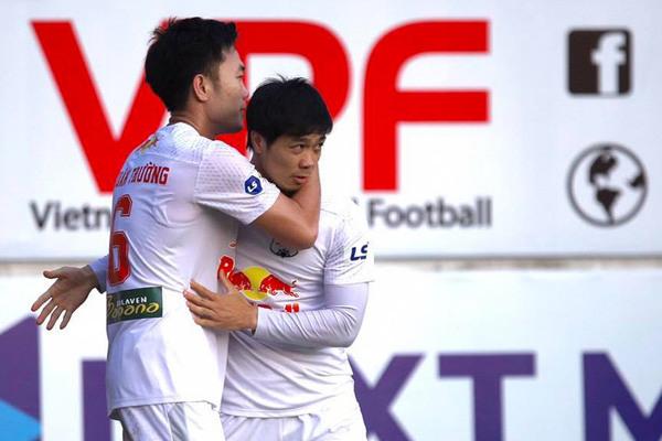 Thai newspaper: HAGL football club can win V-League 2021 with Kiatisuk