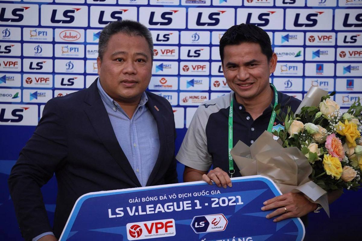 Báo Thái: 'HAGL có thể vô địch với Kiatisuk'