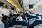Hãng bay đồng loạt tăng phí, giá vé đội gấp 6 lần so với niêm yết