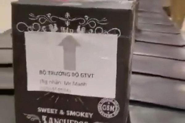 Từ vụ 'mượn danh' Bộ trưởng GTVT: Được gửi bao nhiêu rượu khi đi máy bay?