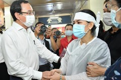 HCMC Party Chief visits victims, site of fatal fire